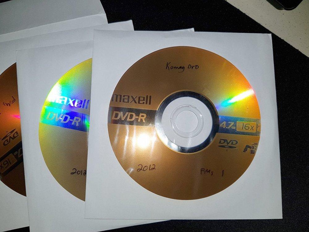 dvds2_resized.jpg